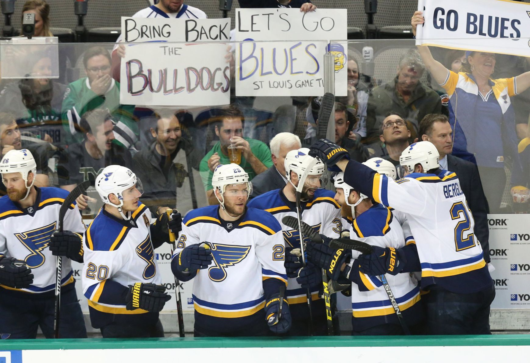 Blues Leave No Doubt In Game 7 Rout Of Stars