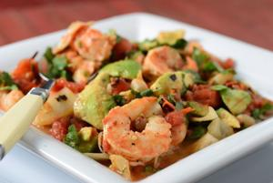 Dinner in 30 minutes: Shrimp and Avocado in a Tequila-Tomato Sauce