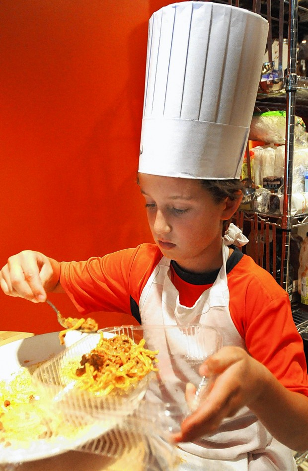 Turning cooking into child 39 s play at l 39 ecole culinaire for Academie de cuisine summer camp