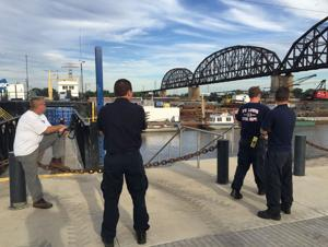 Body spotted in Mississippi River south of Poplar Street Bridge