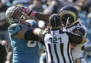 Bradford injured late in Rams' 30-15 loss to Panthers
