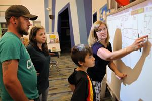 Parents flustered by Common Core math seek help