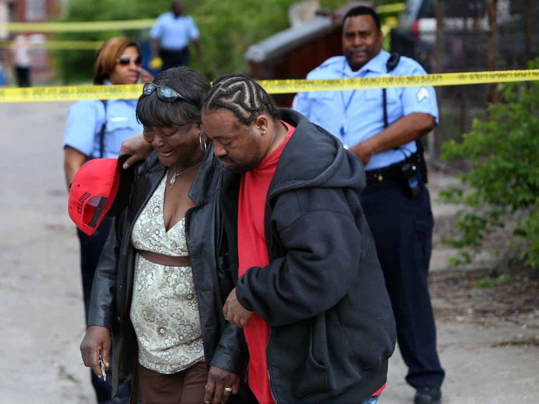 3 shot, 2 dead on Hadley Street