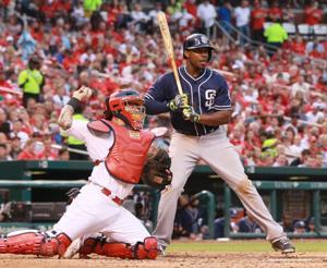 Photos: Padres top Cardinals in extra innings