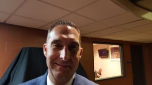 Cards GM Mozeliak makes last-minute stadium tour