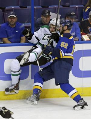 Blues sign Upshall, keep Edmundson, Parayko