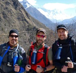 3 St. Louis-area brothers stranded, but safe, after earthquake during Everest climb