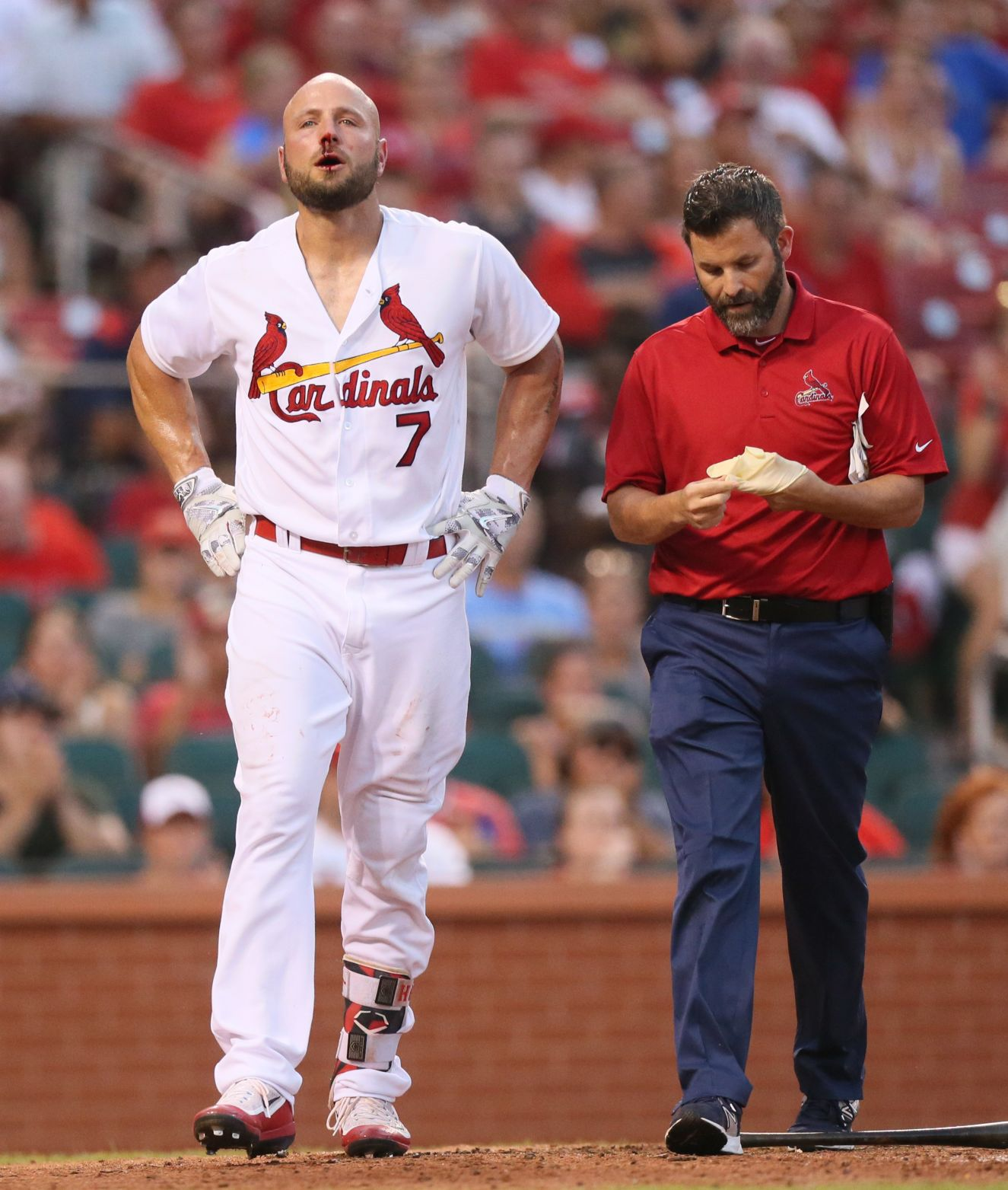 Holliday hit in the face by 95 mph pitch
