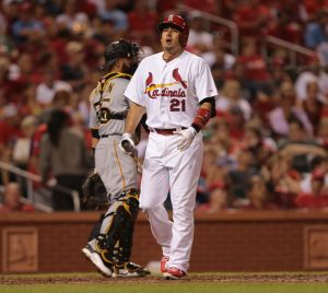 Bernie video: Cards shouldn't go nuts to acquire starting pitching