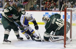 Wild feed off frenzied fans to dominate Game 3