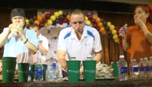 Video: World record set for eating turkey