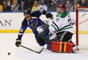 Dallas ends Blues' streak at five