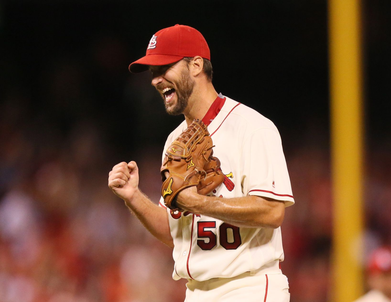 Ortiz: Just like old times as Wainwright closes out his shutout
