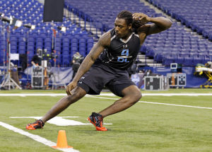 Jim Thomas' Mock Draft: Clowney to Rams