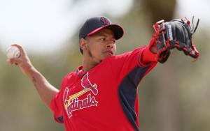 As audition continues, Martinez faces hitters for first time