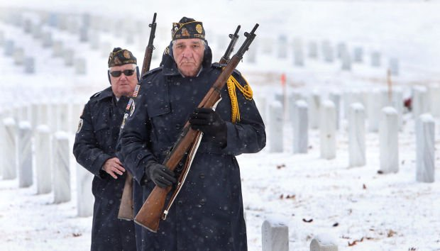 Veterans get final rifle salute, thanks to St. Louis-area service organizations