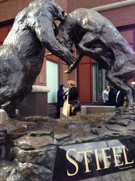 Stifel Unveils Bull And Bear Statue Downtown Business