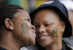 Mandela mourned in South Africa