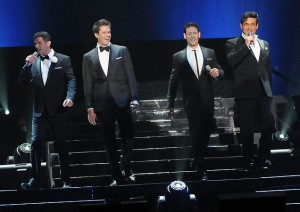Il divo takes risks on 39 wicked game 39 album entertainment for Il divo cd list