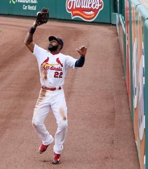 Cards beat Dodgers 3-1 in rubber match