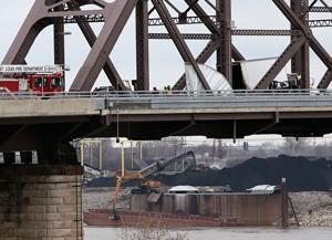 McKinley Bridge in St. Louis reopened after truck crash, authorities say