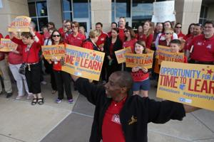 Hazelwood board increases offer to teachers