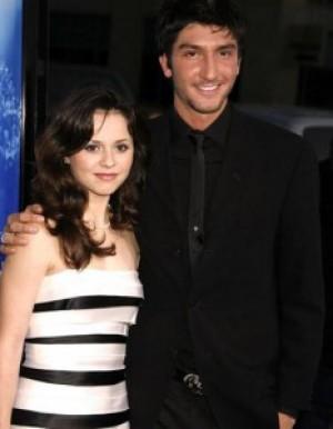 Sasha Cohen couple