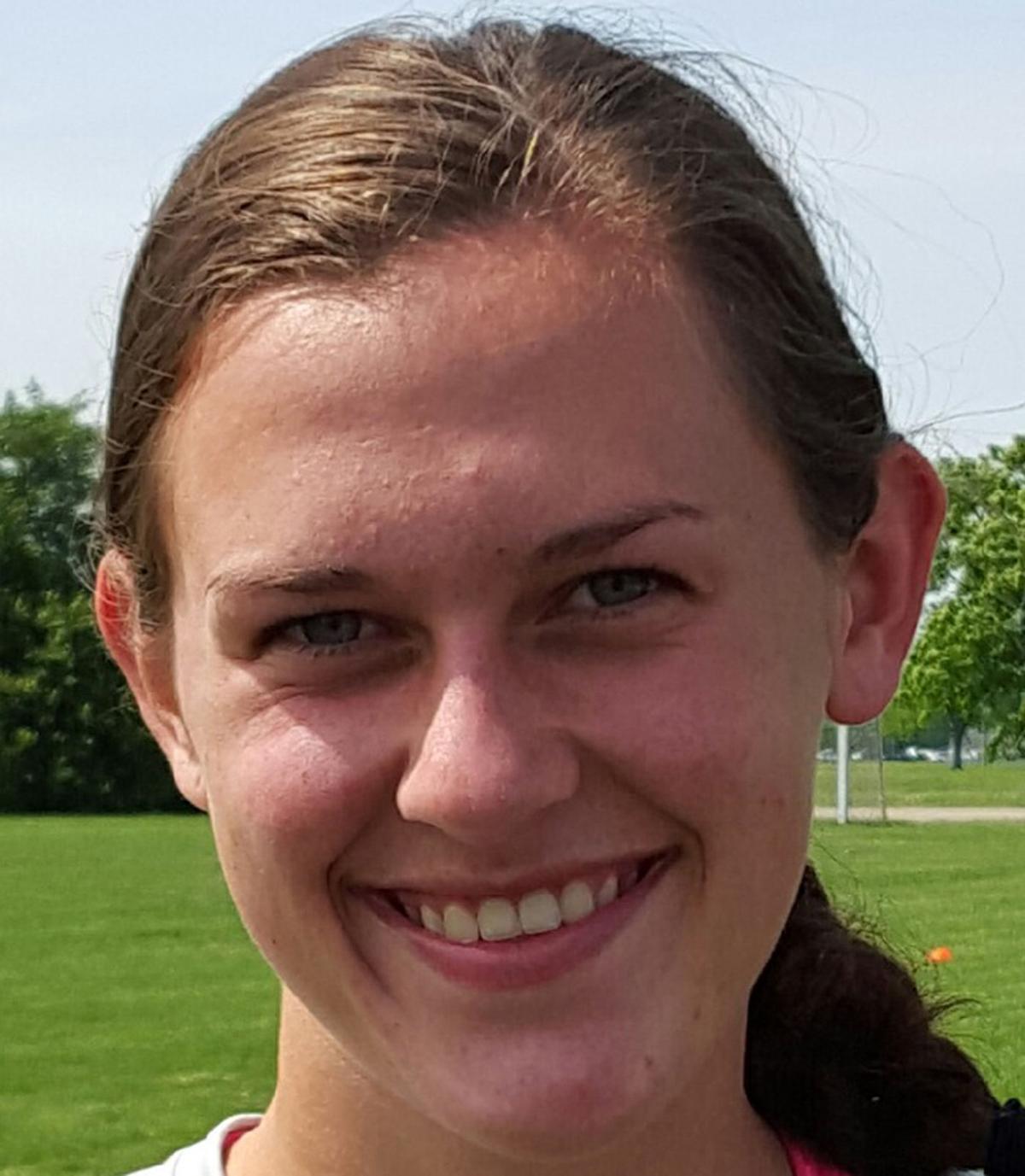 Lauren Fischer • Alton Marquette soccer