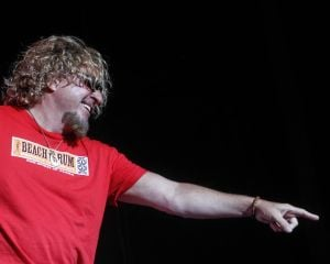 St. Louis continues its love affair with Sammy Hagar