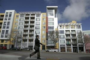U.S. home prices rose at steady pace in March from year ago