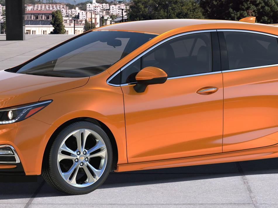 2017 Chevrolet Cruze Hatchback: Compact hatches plan to win new fans