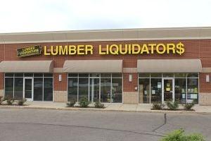 Senator asks for federal investigation of Lumber Liquidators