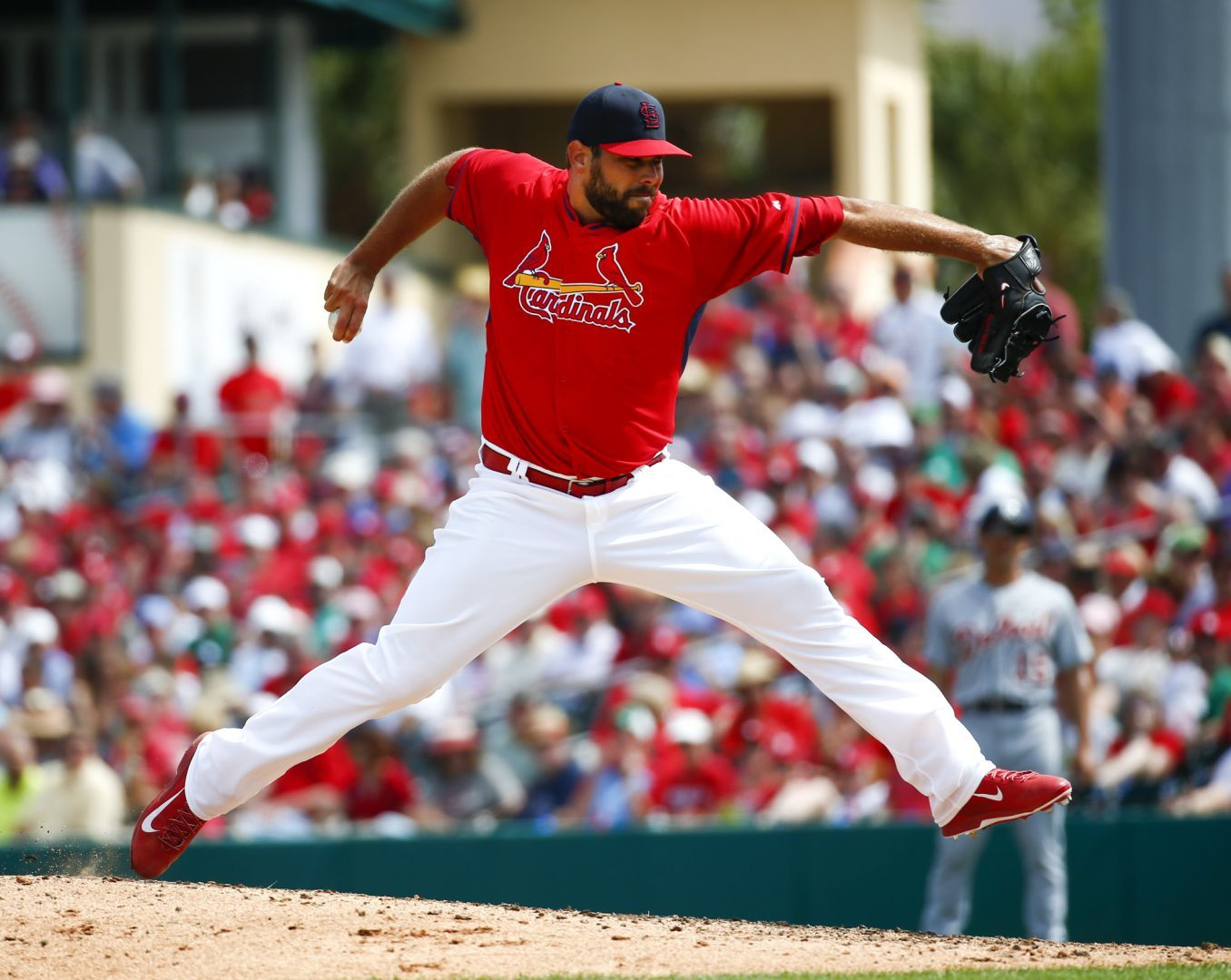 Cards' reliever Walden to take next step in rehab