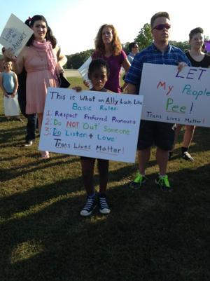 Crowd rallies in Hillsboro in support of transgender student
