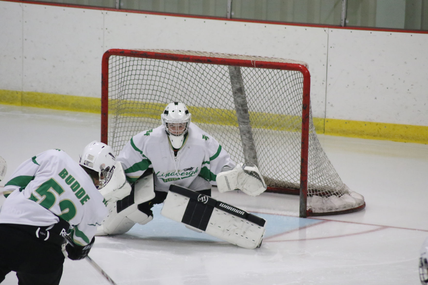 MO H.S.: Leasck's Maturity Helps Lindbergh On And Off The Ice
