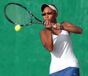 Lahue, MuseMorris break through for state singles berths