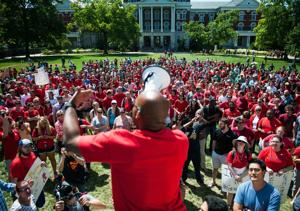 Mizzou graduate students pledge to fight for benefits