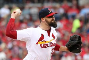 Neshek headed to Houston's rebuilt bullpen
