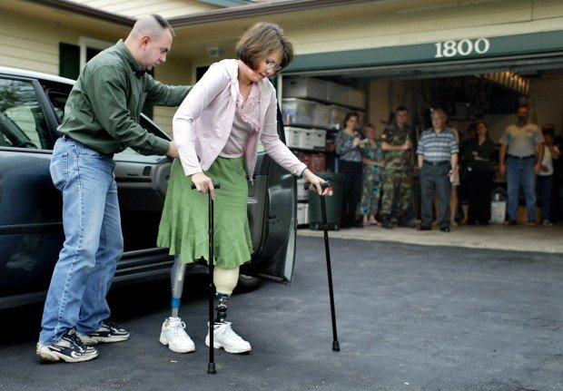 Car Accident St Louis Today >> Tammy Duckworth, 2005 : Gallery