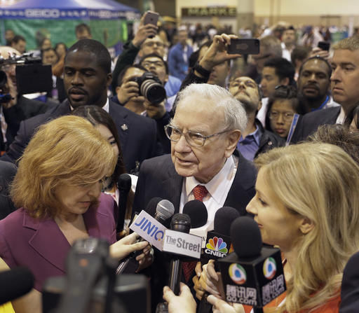 Buffett to face big crowd as berkshire hathaway grows for Jewelry exchange overland mo