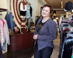 Ziezo, longtime boutique in the Loop, to close