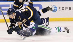 Blues lose again at home; Tarasenko injured