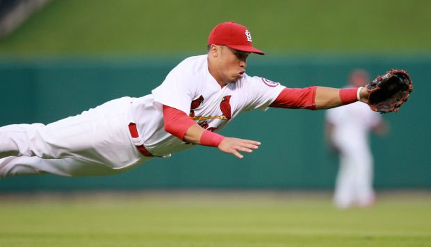 Cards looking for backup at 2B, infield