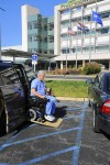 Partially paralyzed surgeon back to work in OR