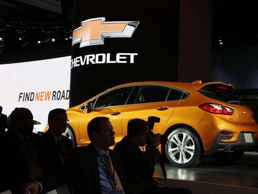 Automakers Cut Jobs As Sales Pendulum Swings To Suvs