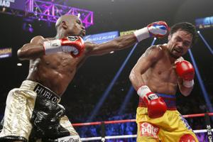 Customer sues Charter for lost cable signal during Mayweather fight