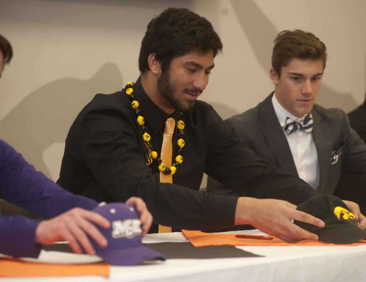edwardsville s epenesa realizes lifelong dream by signing edwardsville signing day