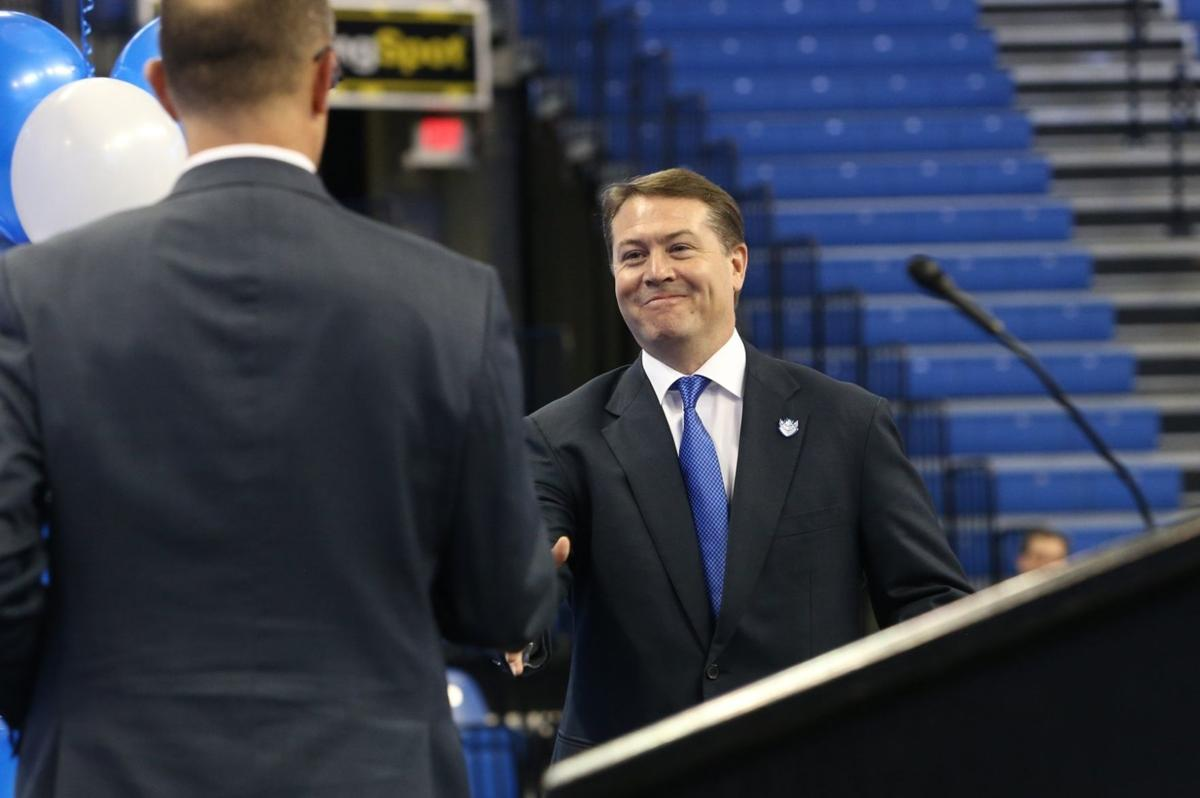 ford was locked in on getting slu job slu com travis ford introduced as new slu hoops coach