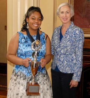Holt senior wins state poetry title