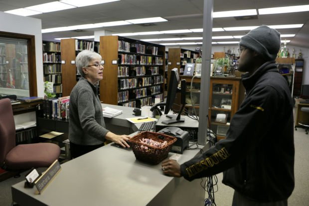St. Louis Police library reflects history, change in department